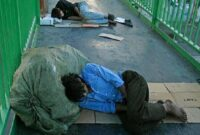 واکسیناسیون و غربالگری بیش از ۷۳۰ نفر از افراد بی خانمان و معتادین متجاهر