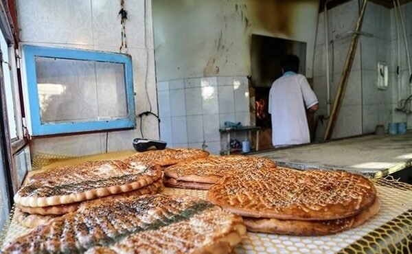 سهمیه آرد نانوایی های غیراقتصادی در صورت درستکار بودن، اضافه و اقتصادی شود
